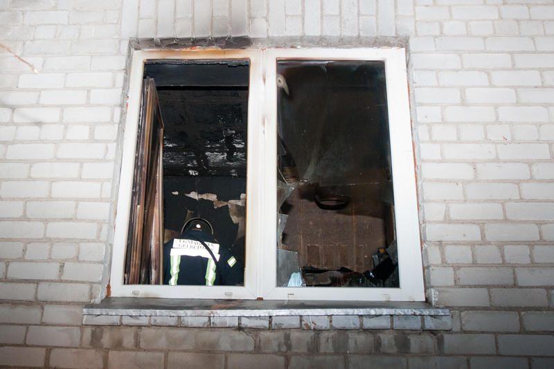 Per gaisrą Salininkuose žuvo vienas žmogus, du smarkiai apdegė
