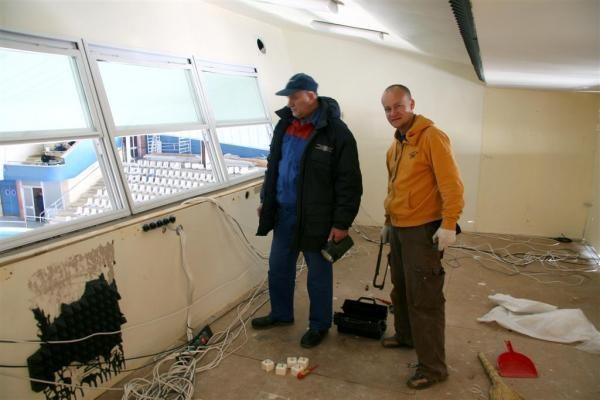 Delfinariume jau šeimininkauja statybininkai