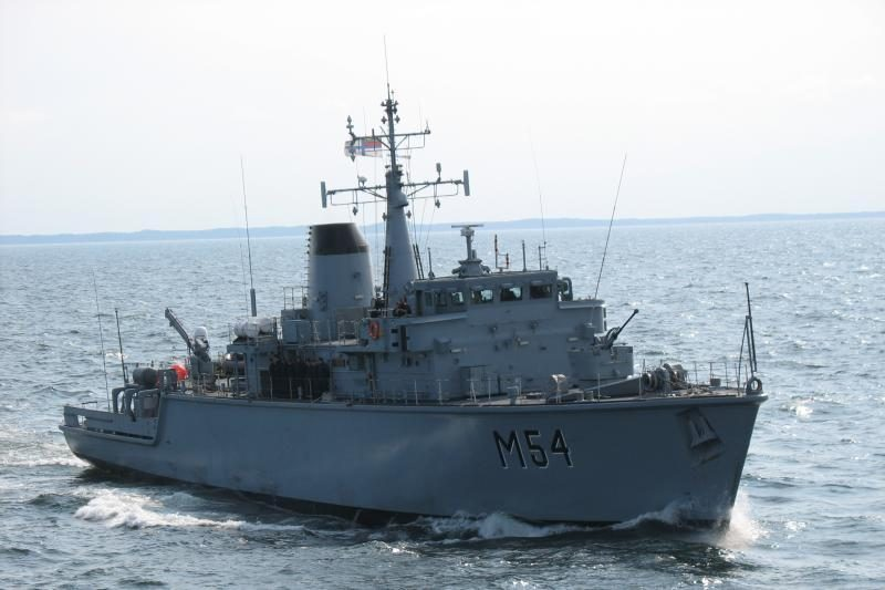 """""""Kuršis"""" dalyvauja Baltijos šalių karinių laivų pratybose Latvijoje"""