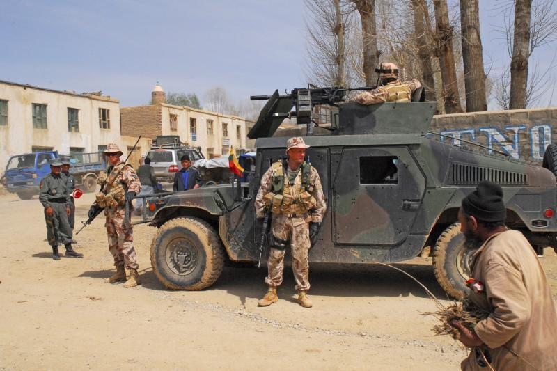 Afganistane sužeisti trys lietuvių kariai, pavojaus jų gyvybėms nėra