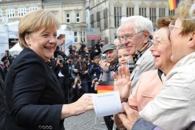 Vokietija švenčia susivienijimo 20-metį