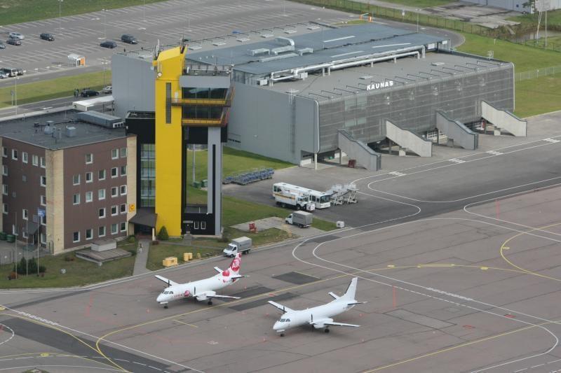 Kauno oro uoste lėktuvai galės leistis dar blogesniu oru