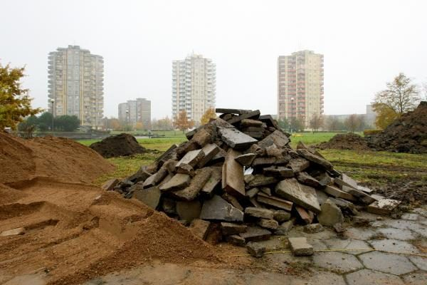 Čečėnijos aikštę lopys iš gabalų (papildyta)