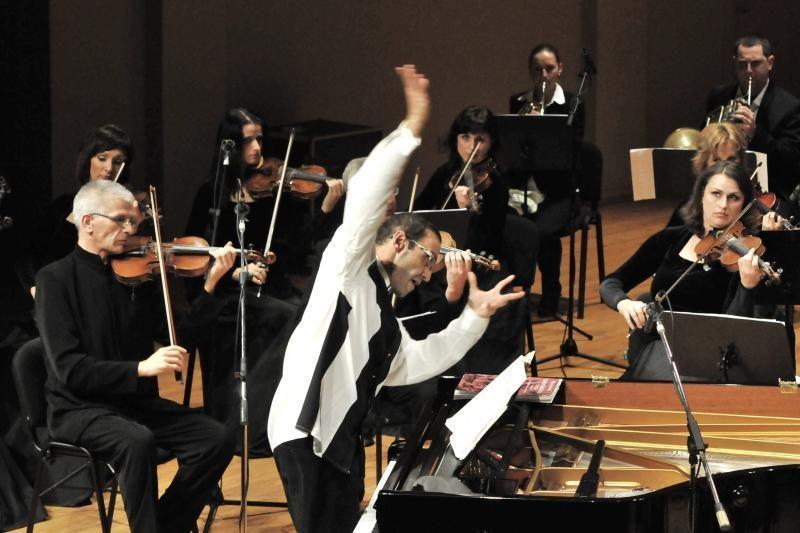 A.Paley ir Klaipėdos kamerinis orkestras tęsia Mozarto koncertų ciklą