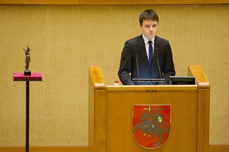 Prašoma atšaukti Nobelio taikos premiją M.Gorbačiovui
