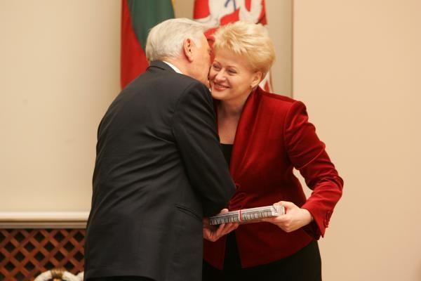 D.Grybauskaitė: stebuklai išsipildo tiems, kurie jais tiki