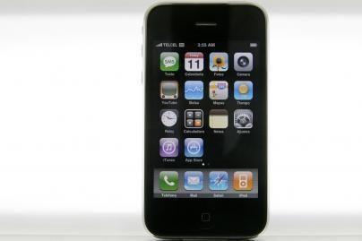 """Naujasis """"iPhone 3G"""" telefonas –  jau Lietuvoje"""