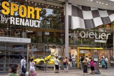 """""""Renault"""" salonui Eliziejaus laukuose – 100 metų"""