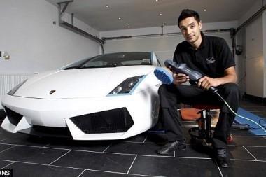 Didžiojoje Britanijoje - brangiausia pasaulyje automobilių plovykla