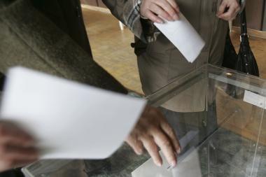 Šalčininkų rajone stebėtojai reikalauja anuliuoti balsavimo namuose rezultatus