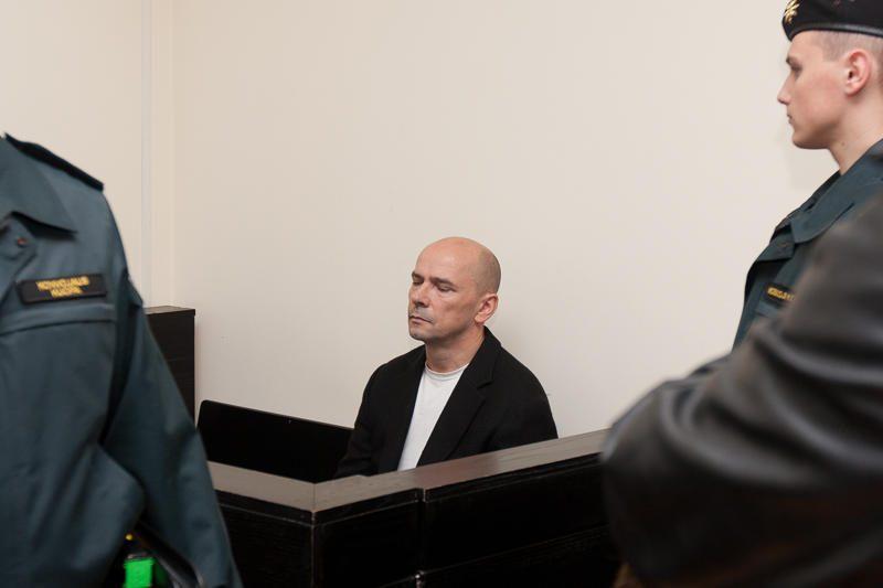 """Teisiamas """"Swedbank"""" grasinęs susprogdinti vyras"""