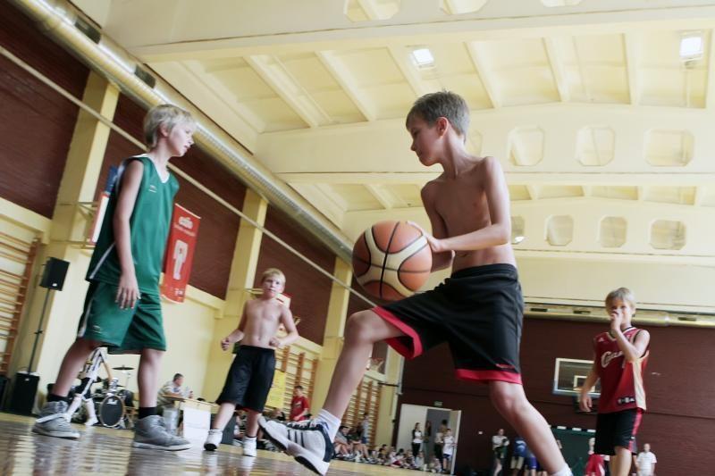 Krepšinio karštinė įtrauks ir Klaipėdos moksleivius