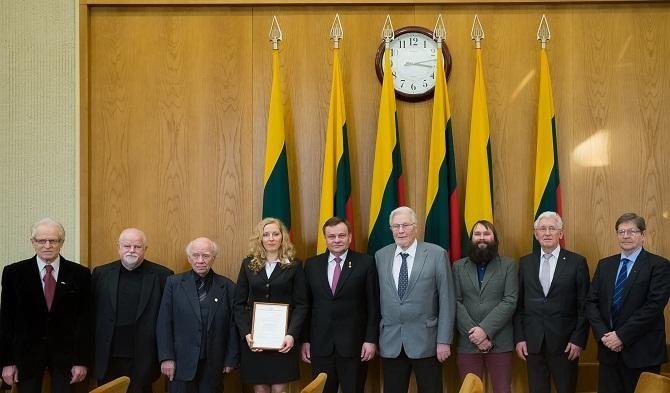 VDU istorikei L. Bucevičiūtei įteikta Nepriklausomybės stipendija