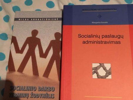 Skelbimas - Parduodu knygas, sritis - socialinis darbas.