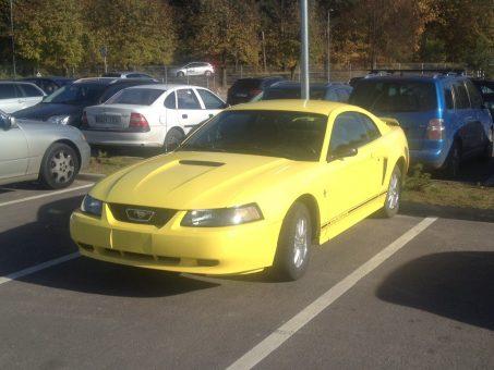 Skelbimas - Parduodu 2001 Ford Mustang Coupe V6