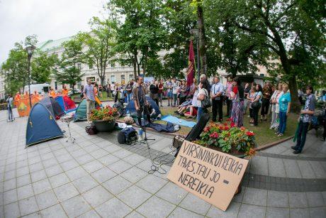 Tęsiasi protestas prieš naująjį Darbo kodeksą