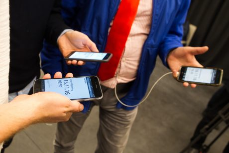 Mobiliojo interneto sparta lenkia telefonų galimybes