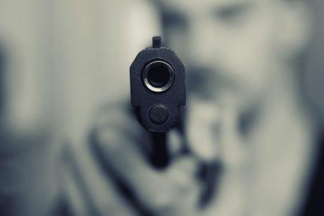 Vilniuje iš girto vyro policija paėmė dujinį pistoletą