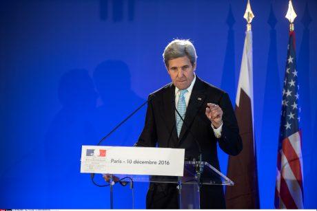Vakarų šalys ragina atnaujinti derybas siekiant nutraukti karą Sirijoje