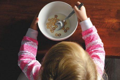 Mitybos specialistė apie vaikų pusryčius: ką valgyti, o ko ne?