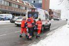 Nelaimės tęsiasi: pėsčiųjų perėjoje partrenkė vyrą