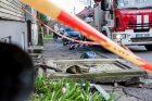 Šakių gatvėje nuo namo nukrito balkonas