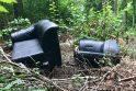 Pakaunės miškuose dygsta ne grybai, o šiukšlės: aptinka net ir apynaujų baldų