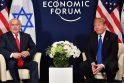 Benjaminas Netanyahas (kairėje) ir Donaldas Trumpas