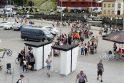 Gausa: Senojoje perkėloje stebino žmonių, laukiančių įsigyti kelto bilietus, eilė.