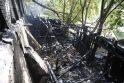 Užgesinę gaisrą ugniagesiai aptiko žmogaus palaikus