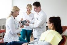 Dantų protezavimas – būdas atkurti nepriekaištingą šypseną