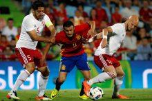 Čempionų titulą ginantys ispanai pralaimėjo kontrolines rungtynes