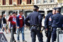 Trys rusų sirgaliai bus teisiami dėl smurto per futbolo čempionatą
