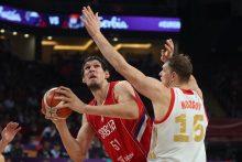 Rusijos krepšininkus įveikusi Serbija – Europos čempionato finale
