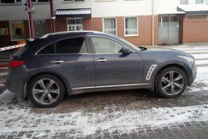 2015 metais pasieniečiai sulaikė pusantro šimto vogtų automobilių