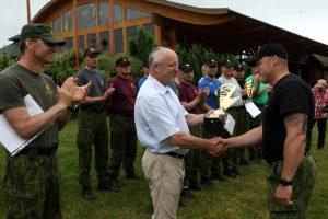 Savanorių sporto žaidynių nugalėtojams – ministro apdovanojimai