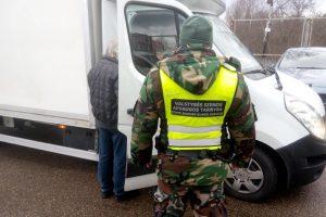 Lietuvoje lenkai įkliūna dėl vairuotojo teisių klastočių