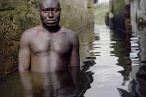 Potvynius fotografuojantis menininkas: tapau nuo jų priklausomas