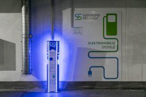 Vilniuje plečiama elektromobilių infrastruktūra