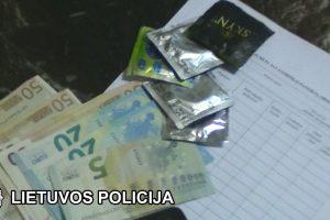 Į prostitucijos verslą įtraukė ir dviejų vaikų mamą