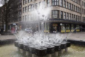 Artėjančios vasaros pranašas: paleistas Laisvės alėjos fontanas