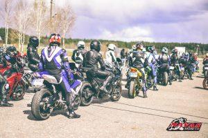 """Paskutinį balandžio savaitgalį """"Nemuno žiede"""" karaliaus motociklistai"""