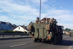 Fiksuoja skaitytojai: Karmėlavoje ir magistralėje – NATO karių technika