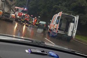 Avarija Tunelio gatvėje: nukentėjo trys žmonės