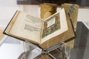 """M. Mažvydo bibliotekoje – """"Maištaujančios knygos"""" ir reformacijos kvapas"""