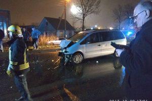 Girtas vairuotojas Panevėžyje sukėlė avariją (papildyta)