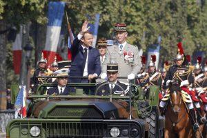 Bastilijos paėmimo dieną mininti Prancūzija surengė didelį karinį paradą