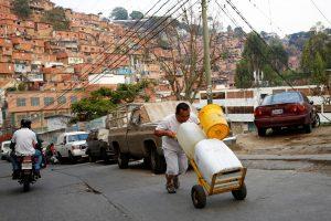 Krizė Venesueloje: infliacija, maisto trūkumas, persukti laikrodžiai