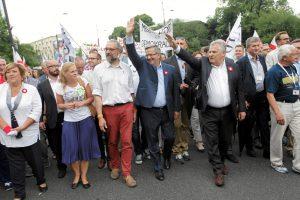 Protesto Lenkijoje priešakyje – du buvę šalies prezidentai