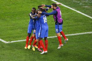 Prancūzijos futbolininkai susitvarkė su vokiečiais ir finale kovos su portugalais